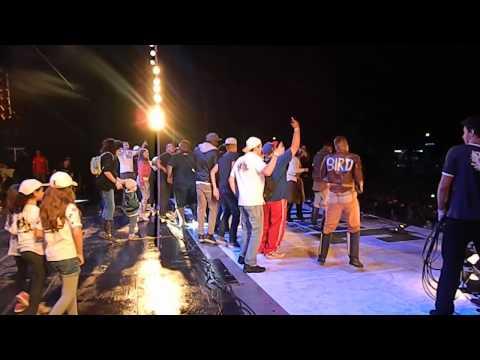 AO CUBO - Bye bye tristeza (Marcha para Jesus SP 2013)