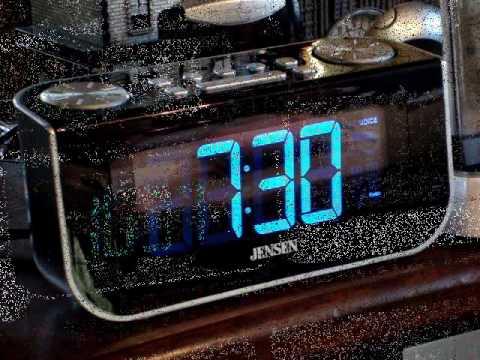 Smart Talk Interactive Talking Alarm Clock.wmv