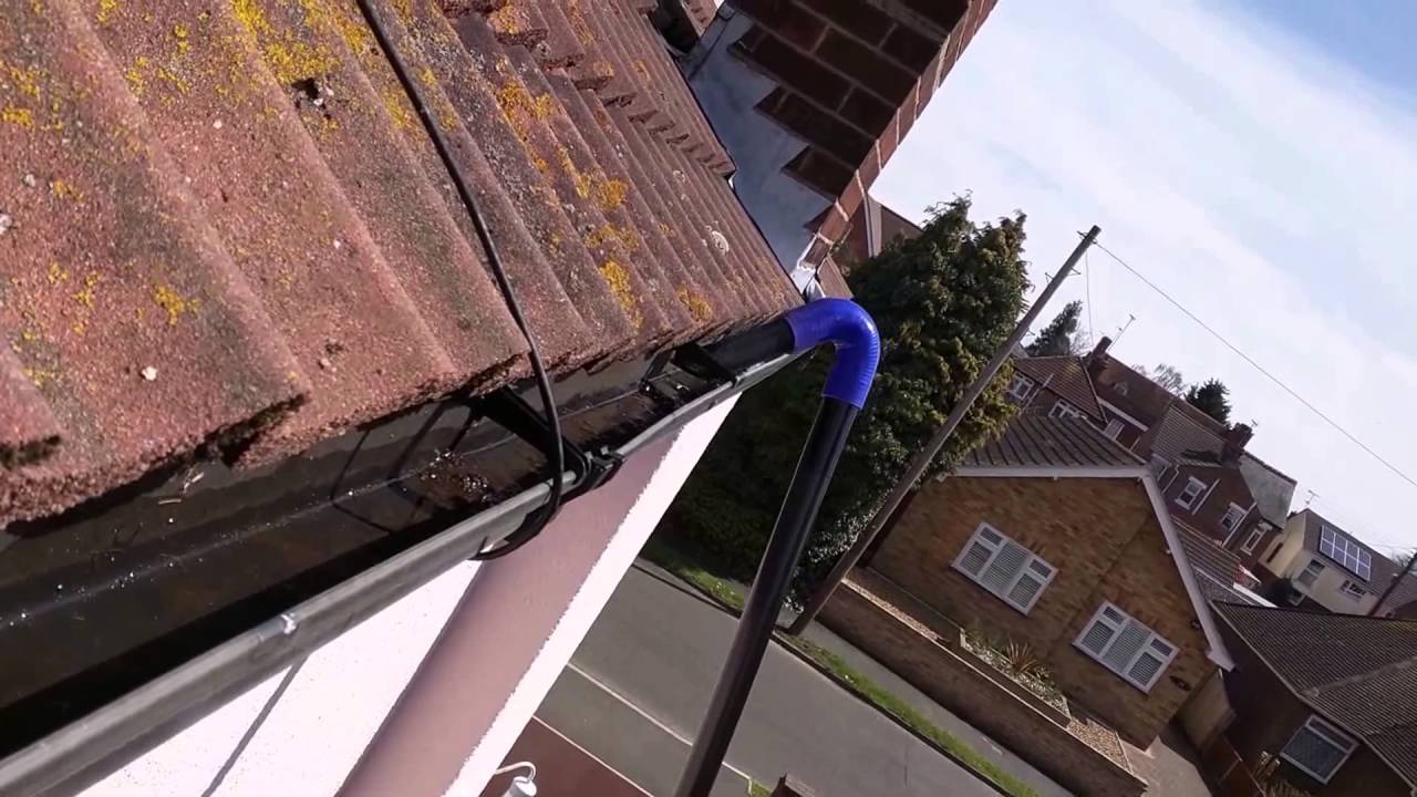 The Gutter Vacuum 4200w In Use And Picking Up A London