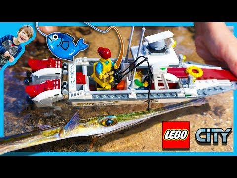 Lego City Fishing Boat Catches REAL FISH!