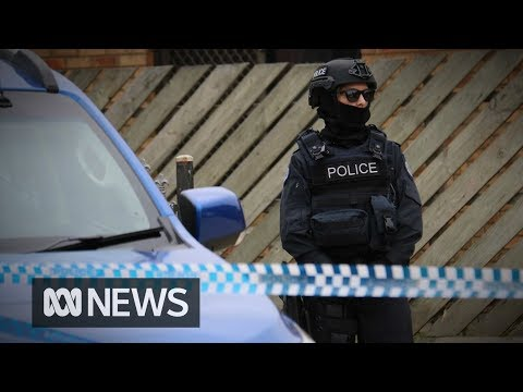 Melbourne terror attack plot suspects arrested in police raids | ABC News