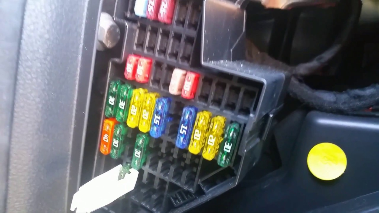 Img moreover Fuses likewise Nb Sicher likewise Maxresdefault also F D B B F D C. on 2012 vw jetta fuse diagram