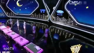 The Chinese Girl Can Hypnotize Animals   La Niña China Puede Hipnotizar a Los Animales   10Youtube c