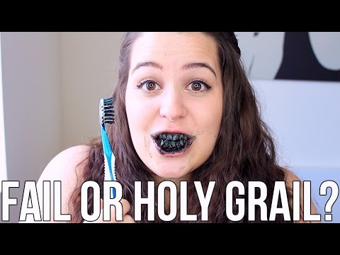 Beauty Hacks: Fail or Holy Grail? ♥ Charcoal Teeth Whitening | Ellko