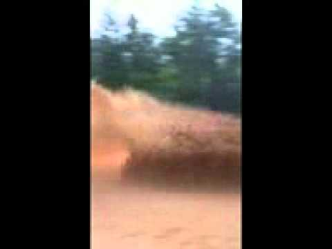 H-1 Hummer gets wet!