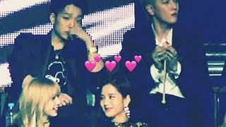 Bobby can't resist Jisoo cuteness 🥰🥰🥰