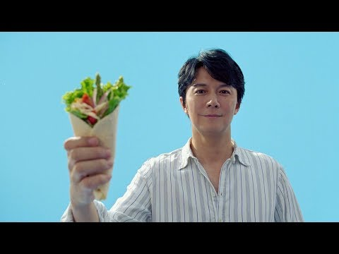 福山雅治 キユーピーハーフ CM スチル画像。CM動画を再生できます。