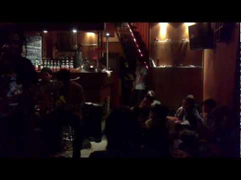 Lookman and Jawaica ( tribute to Tony Q Rastafara ) - Mencium Bulan