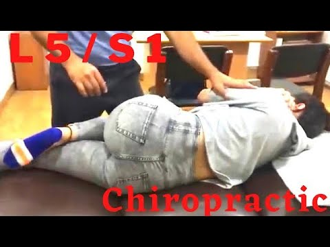 Back Pain and Sciatica Spine Chiropractic adjustment in Delhi, India by Dr Asif Naqvi.