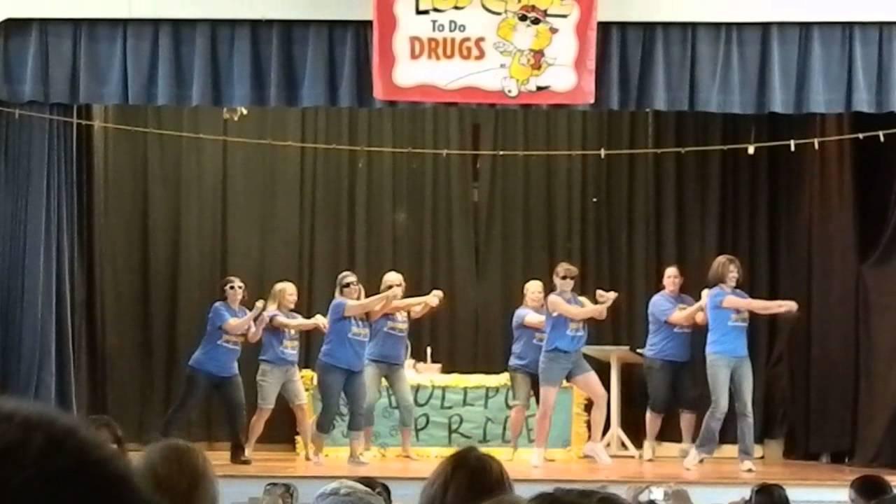 Fall River Elementary School Teachers Dancing - 6 - YouTube