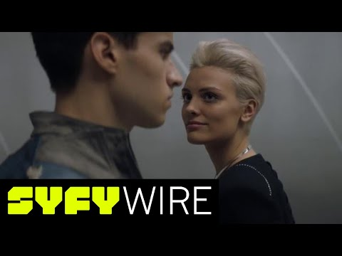 Krypton Producers Preview The Untold Story Of Superman's Home | SYFY WIRE