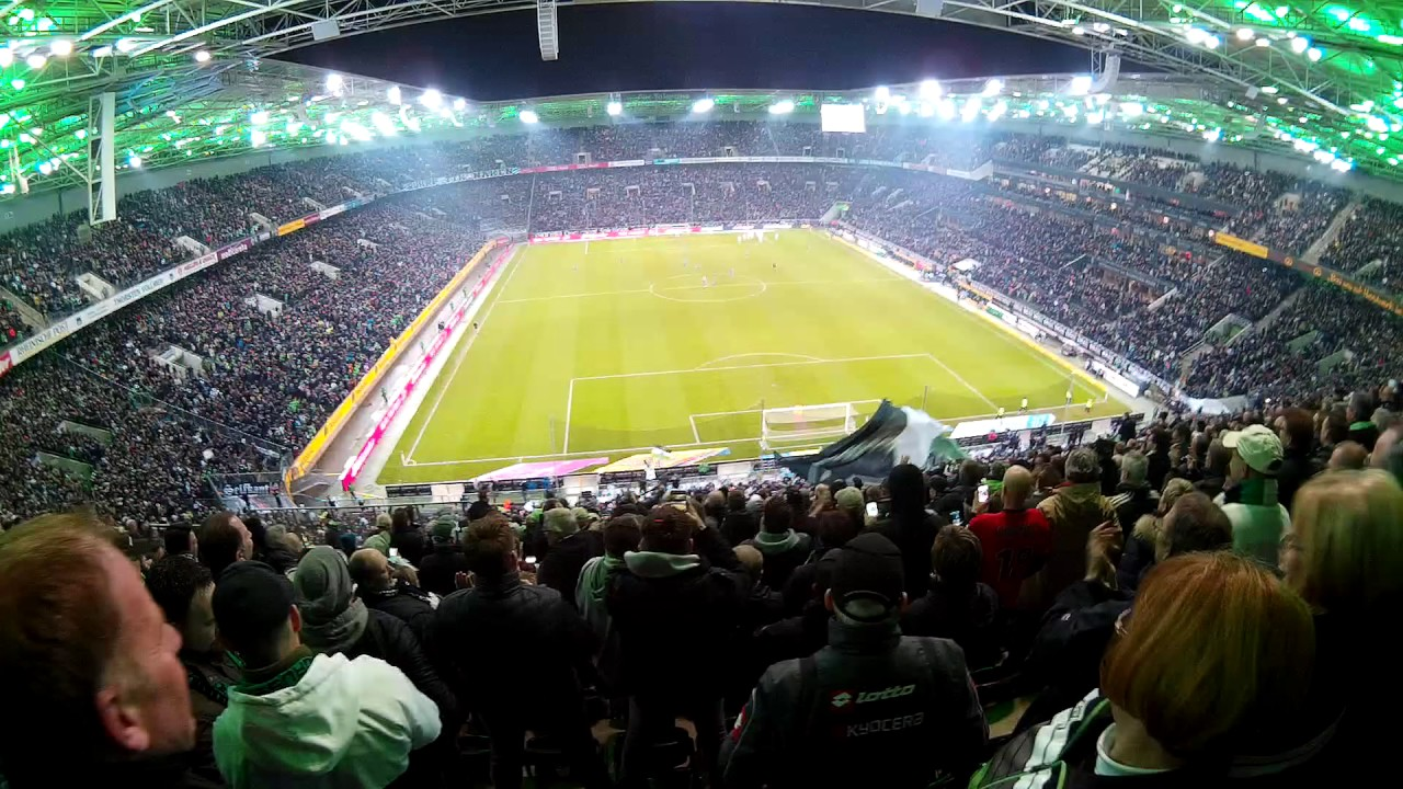 Schalke Vs Borussia Mönchengladbach