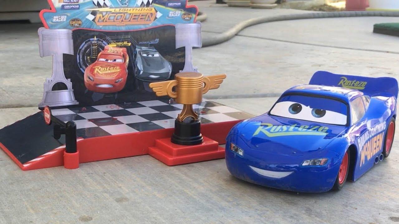 New Disney Cars 3 Toys Podium Lightning Mcqueen Rc Saves