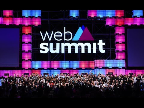 Sarah-Jayne Gratton talks Artificial Intelligence at WebSummit