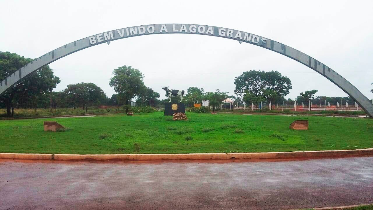 Lagoa Grande Minas Gerais fonte: i.ytimg.com