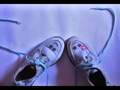 Tulus - Sepatu