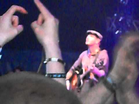 Corey Taylor  acoustic Download Festival 9 June 2012 Snuff & Something I Can Never Have