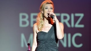 Beatriz Malnic e Brazilian Voices se apresentam no Press Awards 2013