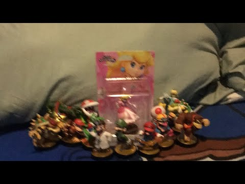 Unboxing peach amiibo