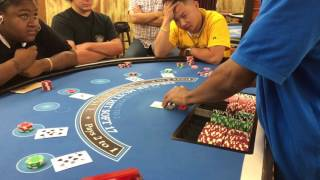 Asian Hustler Scams the Casino