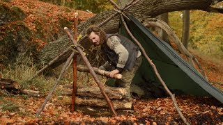 Bushcraft solo overnight - viking flint striker, amadou, Sami leuku, chaga, a-frame shelter