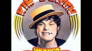 Watch Kim Larsen Hubertus video