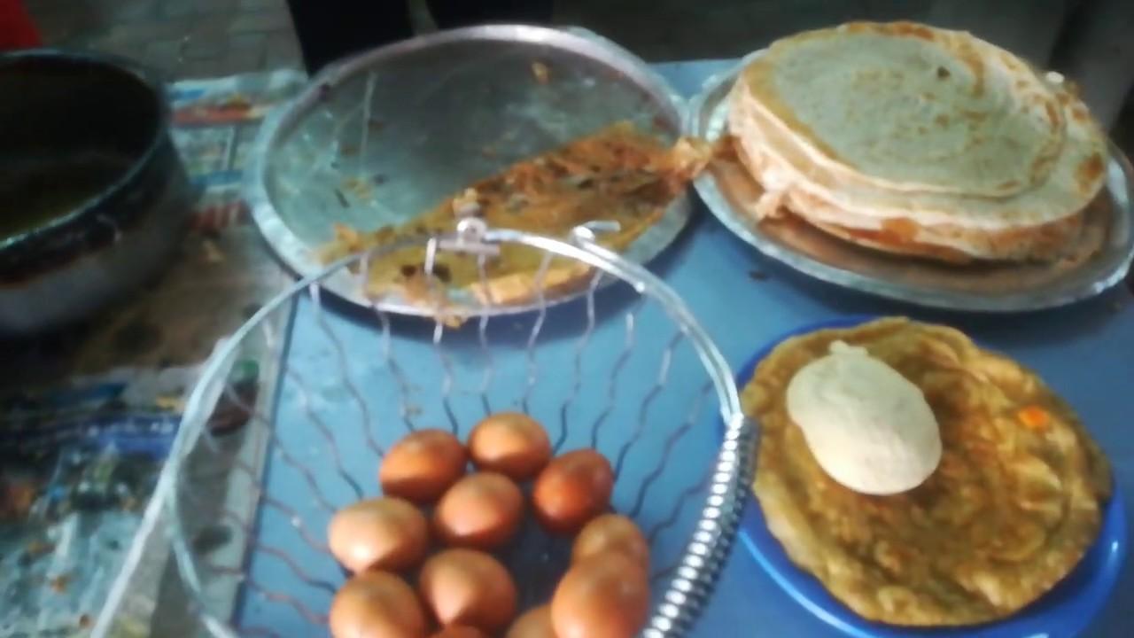 Roti Telur Makanan Khas Orang India Egg Bread Indian Food In