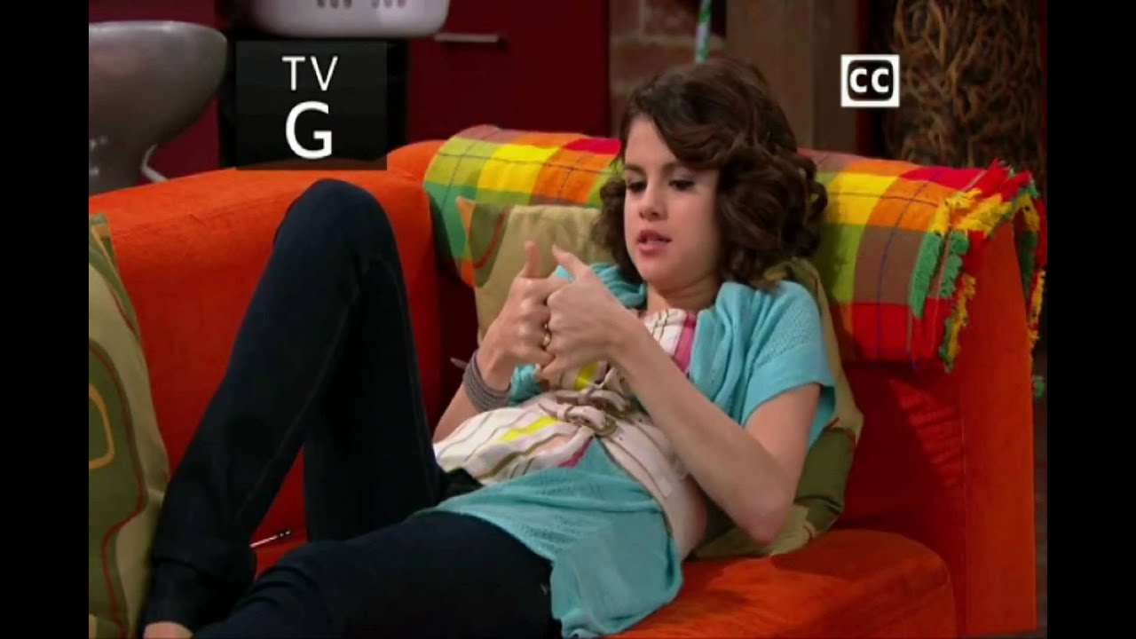Selena Gomez.playing Thumb War