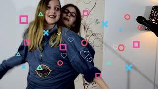 Alexia si Laura -