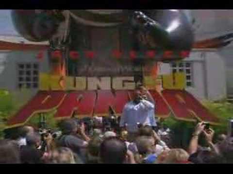Jack Black Cee Low Green sing Kung Fu Fighting Red Carpet