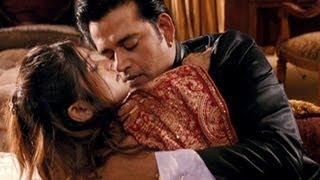 Ravi Kissen's romantic avatar - Chaalis Chauraasi