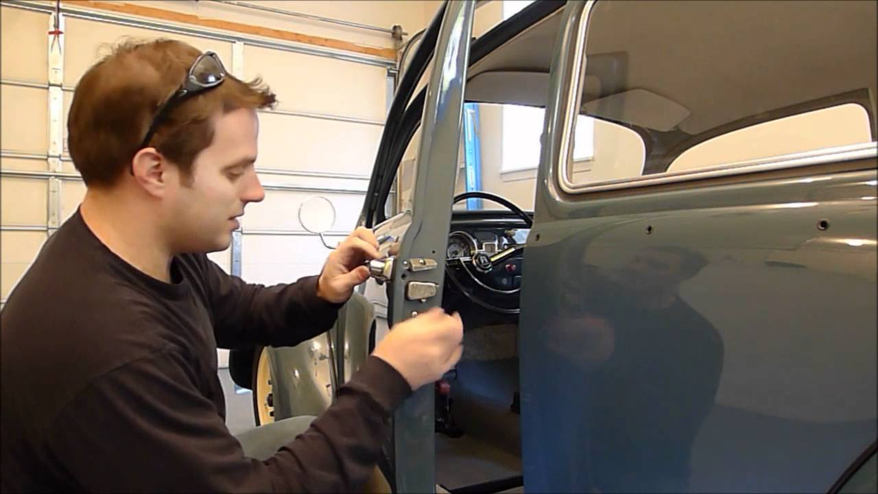1966 Vw Beetle Outside Door Handle Installation Youtube
