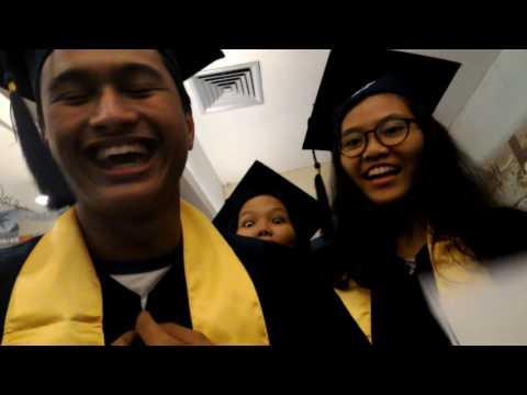Graduation at EF!   Short Vlog