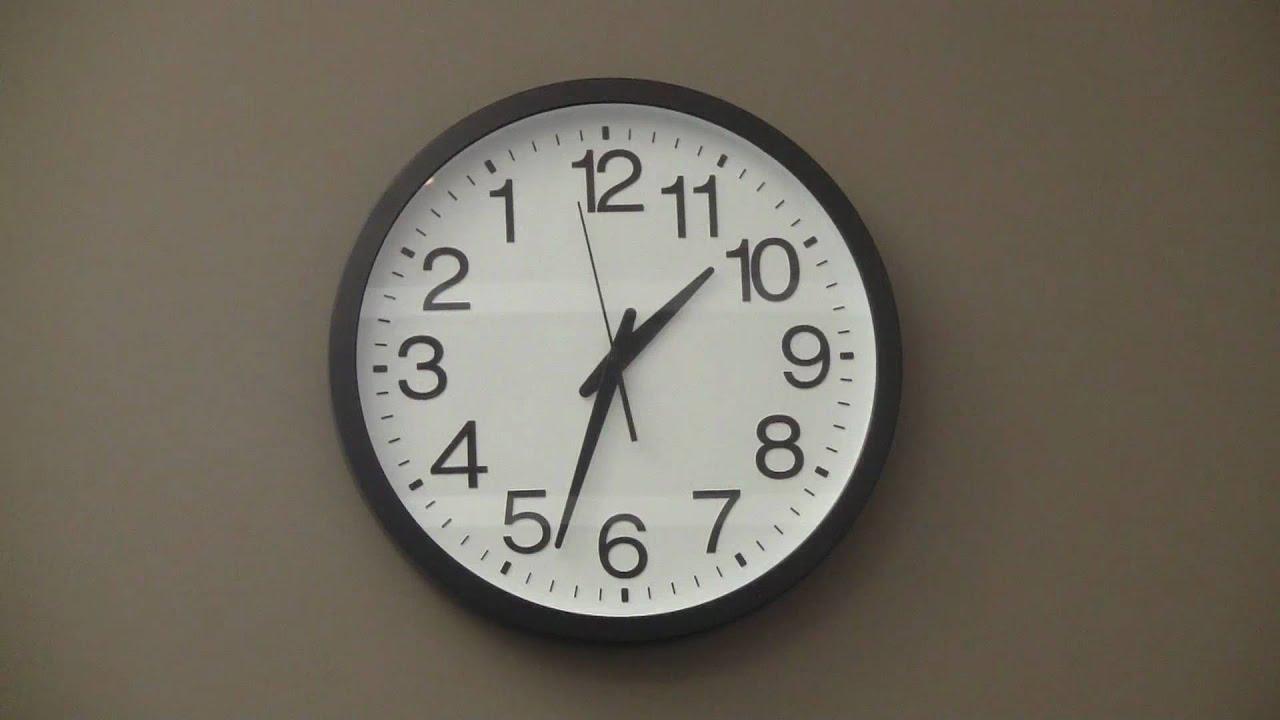 backwards wall clock youtube. Black Bedroom Furniture Sets. Home Design Ideas
