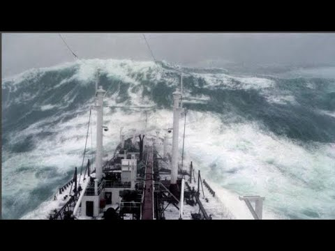7.7 Magnitude Earthquake Hits Pacific Ocean Video Caught On Camera From Cargo Ship   Loyalty Islands