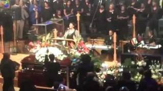 aretha franklin sings at the funeral of albertina walker