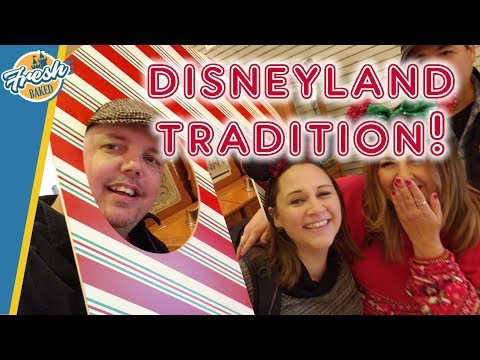 Disneyland Candy Cane Tradition + Return Of Liz!  | Disneyland 2019-11-29 Pt 1