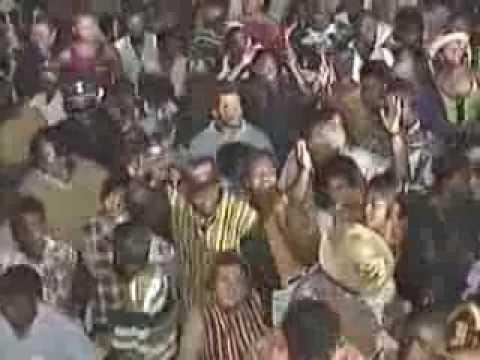 Waggy Tee Caribbean Music Festival    1995 Street Dance pt 1 Nassau Bahamas