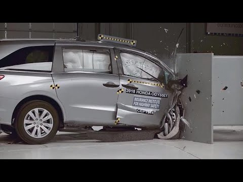 Here's how minivans rank on safety tests