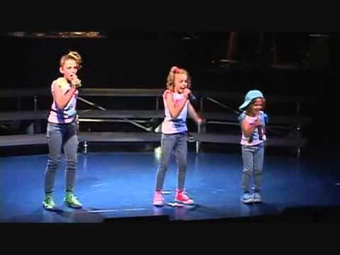 """Lil' Sis sings - """"MMMBop"""" 2010 Hanson Cover"""