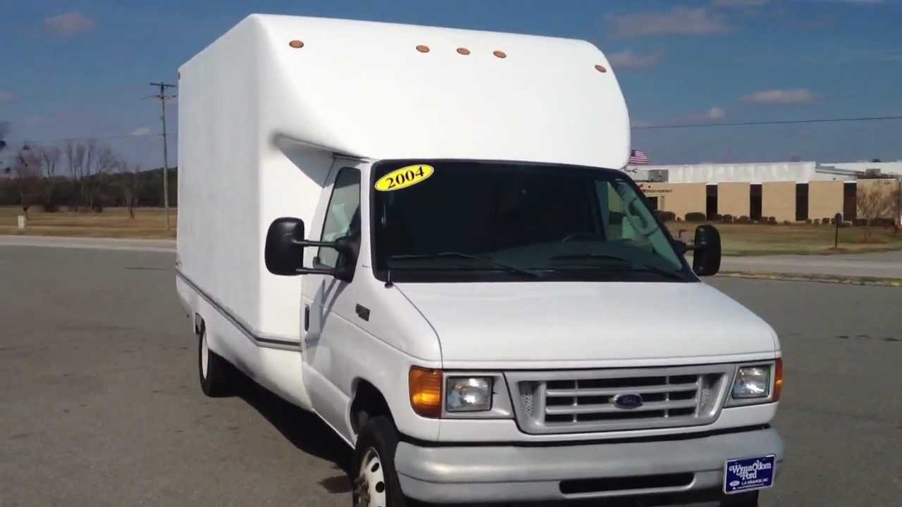 2004 Ford E-350 Econoline Cargo Box Van For Sale