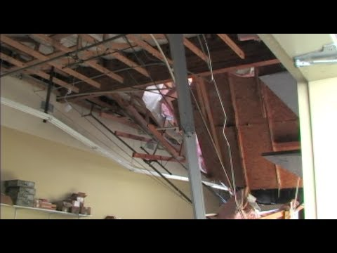 Roof Collapse Amp Water Damage At The Boot Barn In Modesto