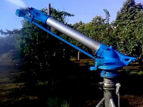 Irrigazione con motore pompa artigianale youtube for Pompa irrigazione