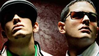 Angel y Khriz ft Divino - Como Olvidarte + lyrics