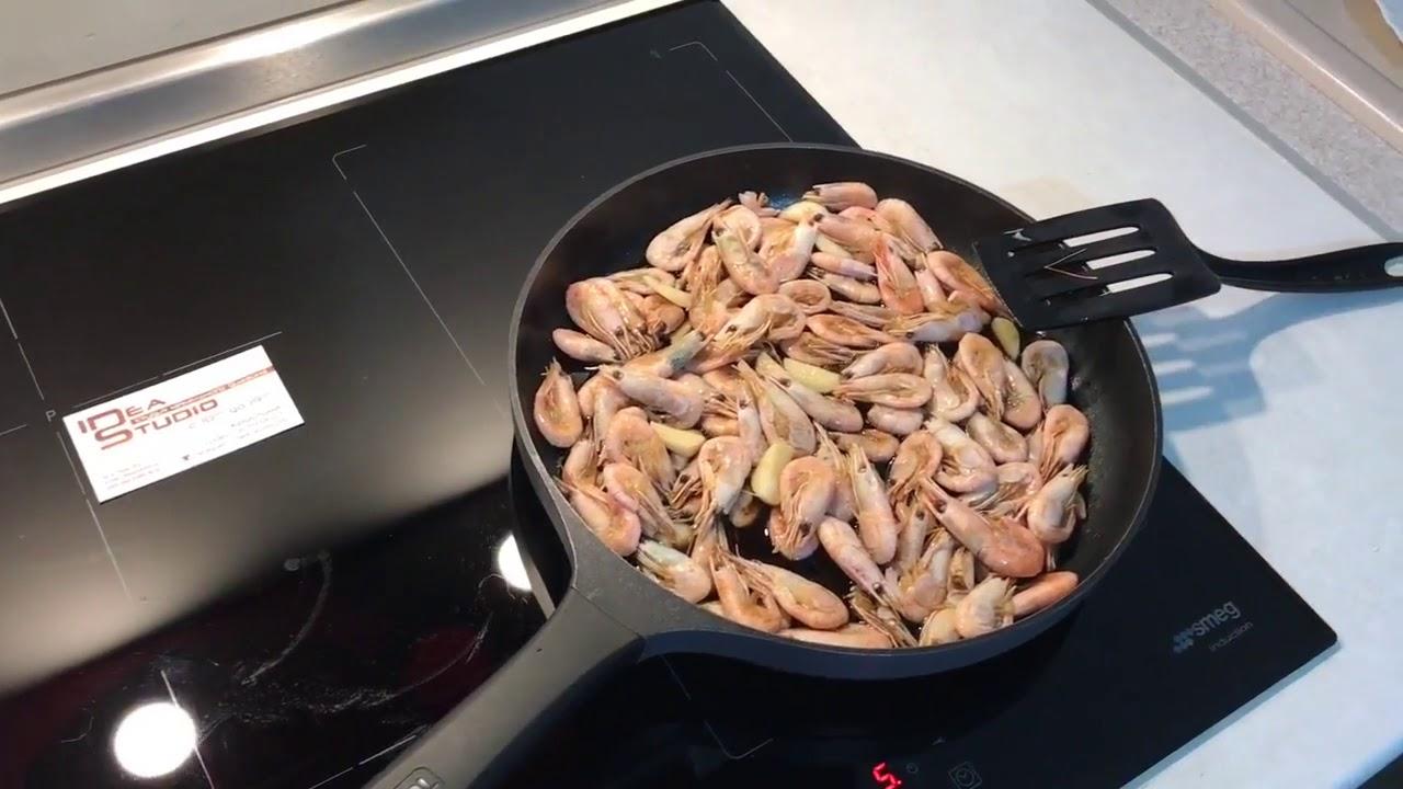 Как жарить креветки . Креветки на сковороде с соевым соусом . Закуска к Пиву .