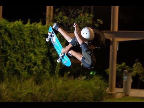Vert Skateboarding East Coast Extreme Skatepark Singapore. Lateral meniscus transplant