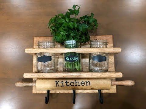 Kitchen spice rack decor