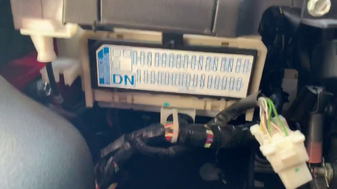 Fuse Box On Pontiac Vibe