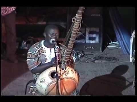 Djeliba Kouyate (the Gambia) chante Soundioulou Cissokho