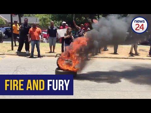 WATCH: Fire and chaos as EFF chant 'anti-boer' songs #HoërskoolOvervaal